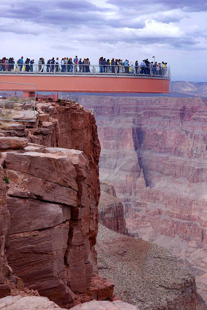 Distance between phoenix and grand canyon