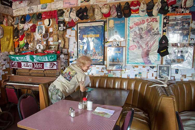 Bagdad Cafe on Route 66 - DesertUSA