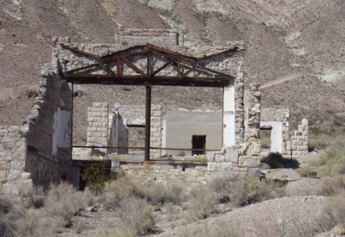 An old building in the ghost town of Rhyolite.