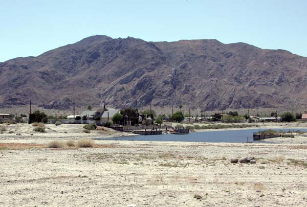 A view of the mountains from Desert Shores.