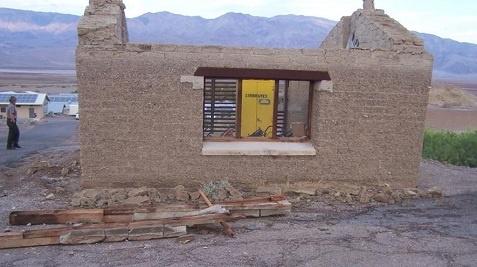 Wind Damaged Historic Buildings Desertusa Blogs
