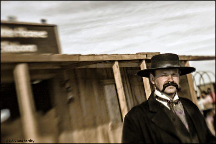 Actor portraying Wyatt Earp.