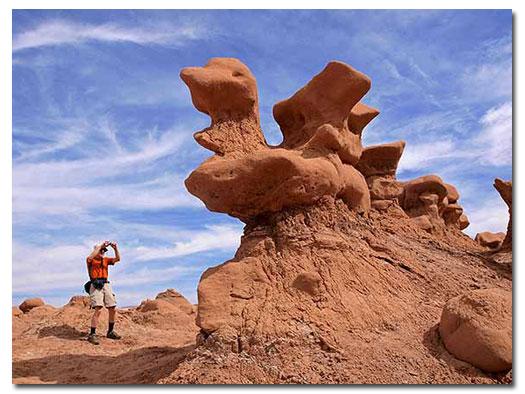 Goblin Valley State Park, UT - DesertUSA on valley of fire map, hardware ranch map, athabasca glacier map, ogden map, fisher towers map, american fork canyon map, death valley tourist map, water quality map, coral pink sand dunes map, logan map, negro bill canyon map, red rock canyon map, cedar breaks map, tornado valley map, pelican lake map, timpanogos cave map, brian head map, little cottonwood canyon map, sego canyon map, great salt lake map,