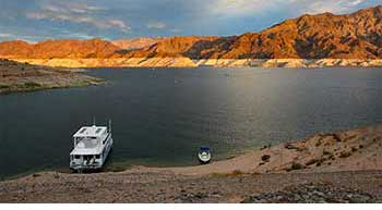 Colorado River and Lakes - Water Levels and Temperatures